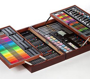 215-Pc.-Deluxe-Wood-Art-Set-0